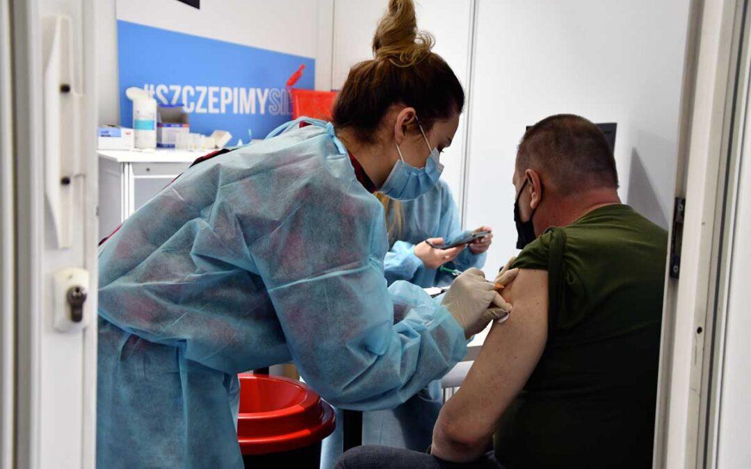 Tysiące chętnych do punktów szczepień w PGG S.A.